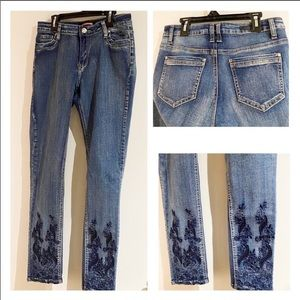 (7) Embroidered Beaded Blue Jeans...like NEW!!!